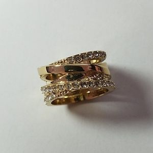 Gold tone ring with crystals